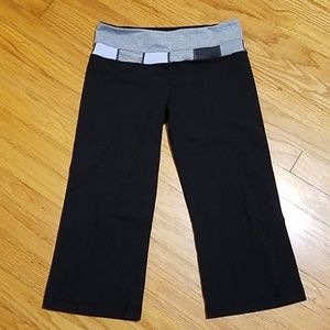 Lululemon Reversible Wonder Under Capri